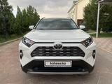 Toyota RAV 4 2020 года за 15 250 000 тг. в Тараз