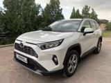 Toyota RAV 4 2020 года за 15 250 000 тг. в Тараз – фото 2