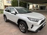 Toyota RAV 4 2020 года за 15 250 000 тг. в Тараз – фото 4