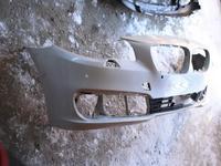 Передний бампер на BMW f10 оригинал бу есть трещина 1609 за 25 000 тг. в Нур-Султан (Астана)