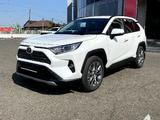 Toyota RAV 4 Luxe 2.0 2021 года за 19 370 000 тг. в Павлодар
