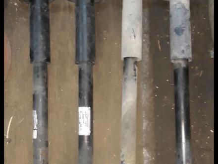 Амортизаторы на 300С за 10 000 тг. в Алматы – фото 2