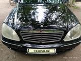 Mercedes-Benz S 430 2000 года за 2 850 000 тг. в Караганда – фото 2