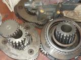 Бортовой редуктор мотор поворотный гусеницы ковш в Алматы – фото 2