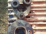 Бортовой редуктор мотор поворотный гусеницы ковш в Алматы – фото 5