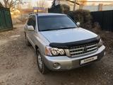 Toyota Highlander 2001 года за 4 950 000 тг. в Алматы