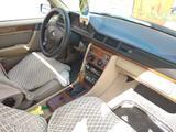 Mercedes-Benz E 200 1991 года за 1 265 000 тг. в Костанай – фото 4