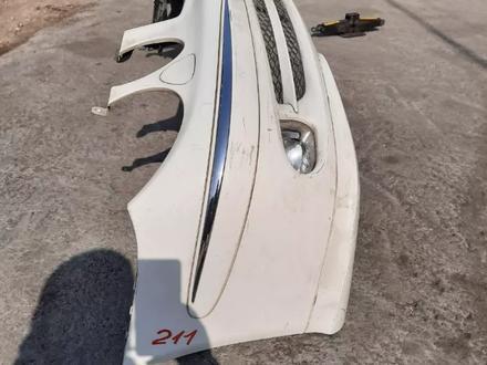 Бампер передний Mercedes e320 w211 за 111 тг. в Алматы – фото 4