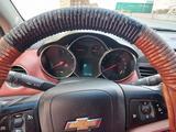Chevrolet Cruze 2011 года за 3 500 000 тг. в Актау – фото 5