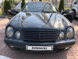 Mercedes-Benz CLK 320 2001 года за 2 800 000 тг. в Алматы – фото 5