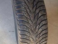 Зимняя шина шипы. за 300 000 тг. в Актау