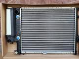 Радиатор бмв Е34 автомат кондиционер за 33 000 тг. в Алматы