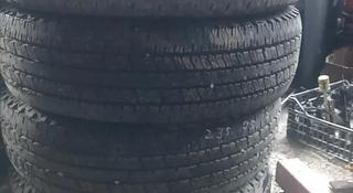 Шины 235-75-17, Hankook, б/у в хорошем состоянии, корея за 70 000 тг. в Алматы