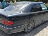 Mercedes-Benz E 290 1997 года за 2 200 000 тг. в Кызылорда – фото 4