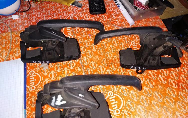 Ручки двери внутренние на Ford Explorer Эксплорер 02-07 R L… за 5 000 тг. в Алматы
