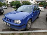 Volkswagen Golf 2001 года за 2 550 000 тг. в Алматы