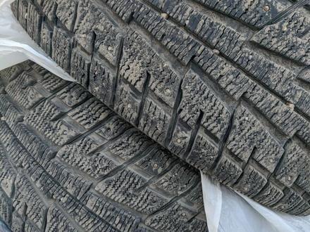 Зимняя резина шипы 18R за 85 000 тг. в Караганда – фото 2