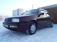 Volkswagen Vento 1993 года за 1 150 000 тг. в Уральск
