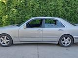 Mercedes-Benz E 240 2000 года за 3 400 000 тг. в Шымкент – фото 3