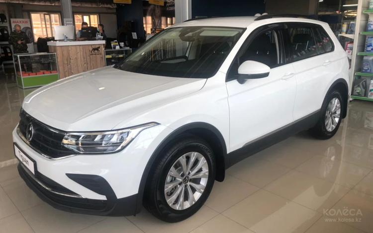 Volkswagen Tiguan Respect (2WD) 2021 года за 12 860 000 тг. в Актобе