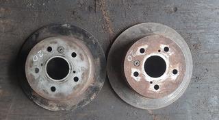 Задни тормозной диск на камри 20 за 10 000 тг. в Алматы