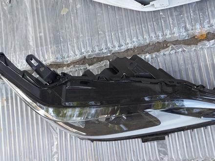 Фара правая Lexus es250 за 280 000 тг. в Алматы – фото 2