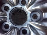 ОДИН, ТОЛЬКО ОДИН Оригинальный диск на lexus GS 350 без резины за 105 000 тг. в Алматы – фото 5