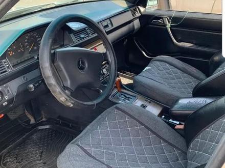 Mercedes-Benz E 260 1990 года за 1 200 000 тг. в Шелек – фото 4