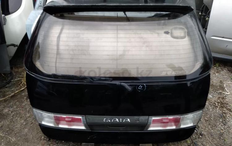 Крышка багажника Тойота ГАЯ за 40 000 тг. в Алматы