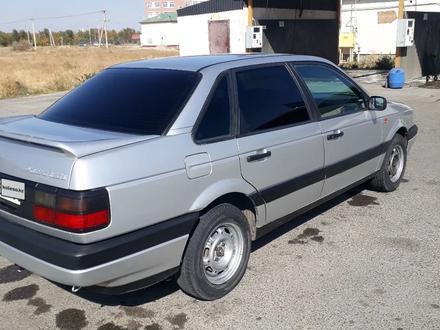 Volkswagen Passat 1991 года за 1 200 000 тг. в Тараз – фото 3