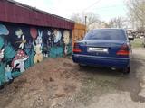 Mercedes-Benz C 180 1994 года за 1 200 000 тг. в Петропавловск – фото 4