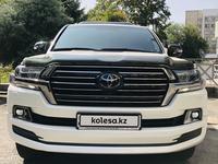 Toyota Land Cruiser 2017 года за 33 450 000 тг. в Алматы