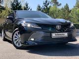 Toyota Camry 2018 года за 11 500 000 тг. в Караганда