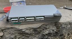 Магнитофоне штатный 160 кузп за 100 000 тг. в Алматы – фото 2