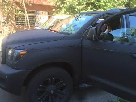 Круглосуточно! Ремонт трещин! Ремонт скол на лобовом стекле на выезд в Алматы – фото 33