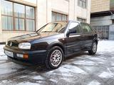Volkswagen Golf 1994 года за 1 480 000 тг. в Алматы