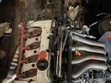 Двигатель alt коробка автомат за 100 000 тг. в Актау
