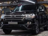 Toyota Land Cruiser 2018 года за 30 500 000 тг. в Алматы