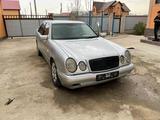 Mercedes-Benz E 280 1997 года за 1 100 000 тг. в Атырау – фото 3