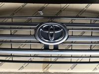 Решетка радиатора на Toyota Land Cruiser 200 2007-2019год за 49 000 тг. в Алматы