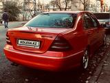 Mercedes-Benz C 320 2003 года за 3 800 000 тг. в Алматы – фото 4