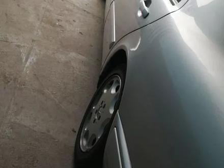 Mercedes-Benz E 240 1998 года за 2 350 000 тг. в Шымкент – фото 3