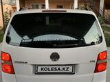 Volkswagen Touran 2003 года за 2 700 000 тг. в Шымкент – фото 4