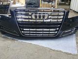 Передний бампер на Audi A8D4 за 330 000 тг. в Актобе