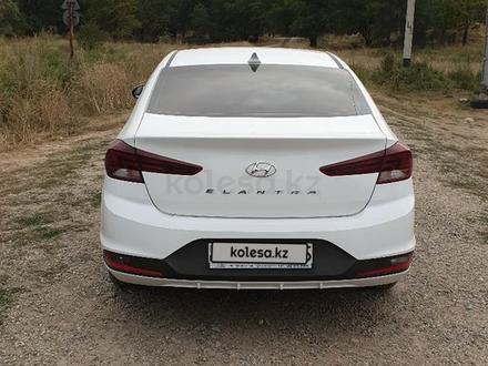 Hyundai Elantra 2019 года за 6 500 000 тг. в Алматы – фото 2