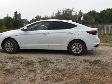 Hyundai Elantra 2019 года за 6 500 000 тг. в Алматы – фото 3