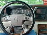 Cadillac Escalade 2003 года за 4 000 000 тг. в Петропавловск – фото 4
