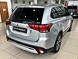 Mitsubishi Outlander 2020 года за 11 990 000 тг. в Алматы – фото 5