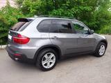 BMW X5 2008 года за 8 000 000 тг. в Усть-Каменогорск – фото 2