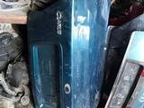 Крышка багажника Kia Clarus за 20 000 тг. в Алматы